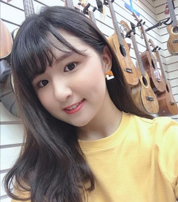 吉他  王孟涵